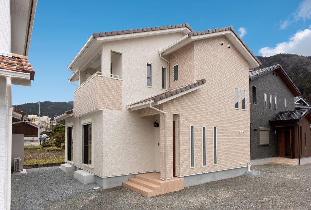 デザインセンスが随所に際立つ「家」施工写真サムネイル